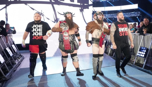 RAW : Les Viking Raiders se font prendre par surprise