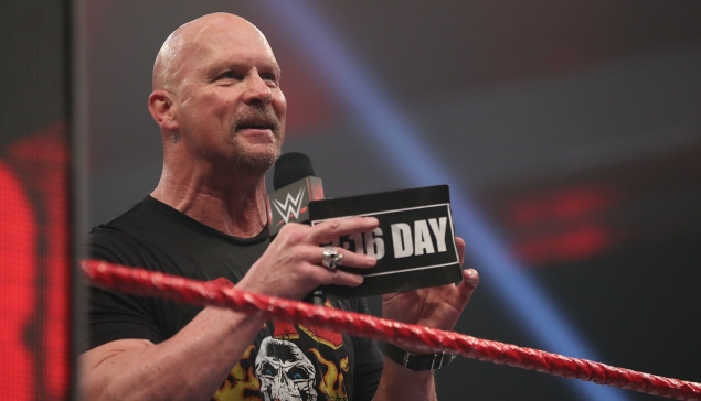 Dark Side of the Ring aura droit à Stone Cold Steve Austin