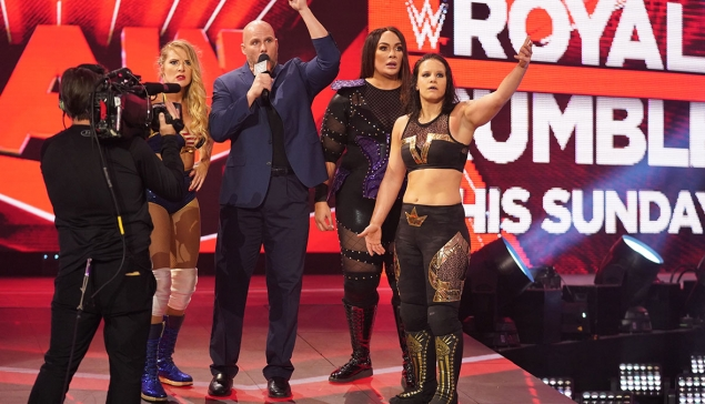WWE RAW : Confusion lors du Six-Woman Tag Team Match